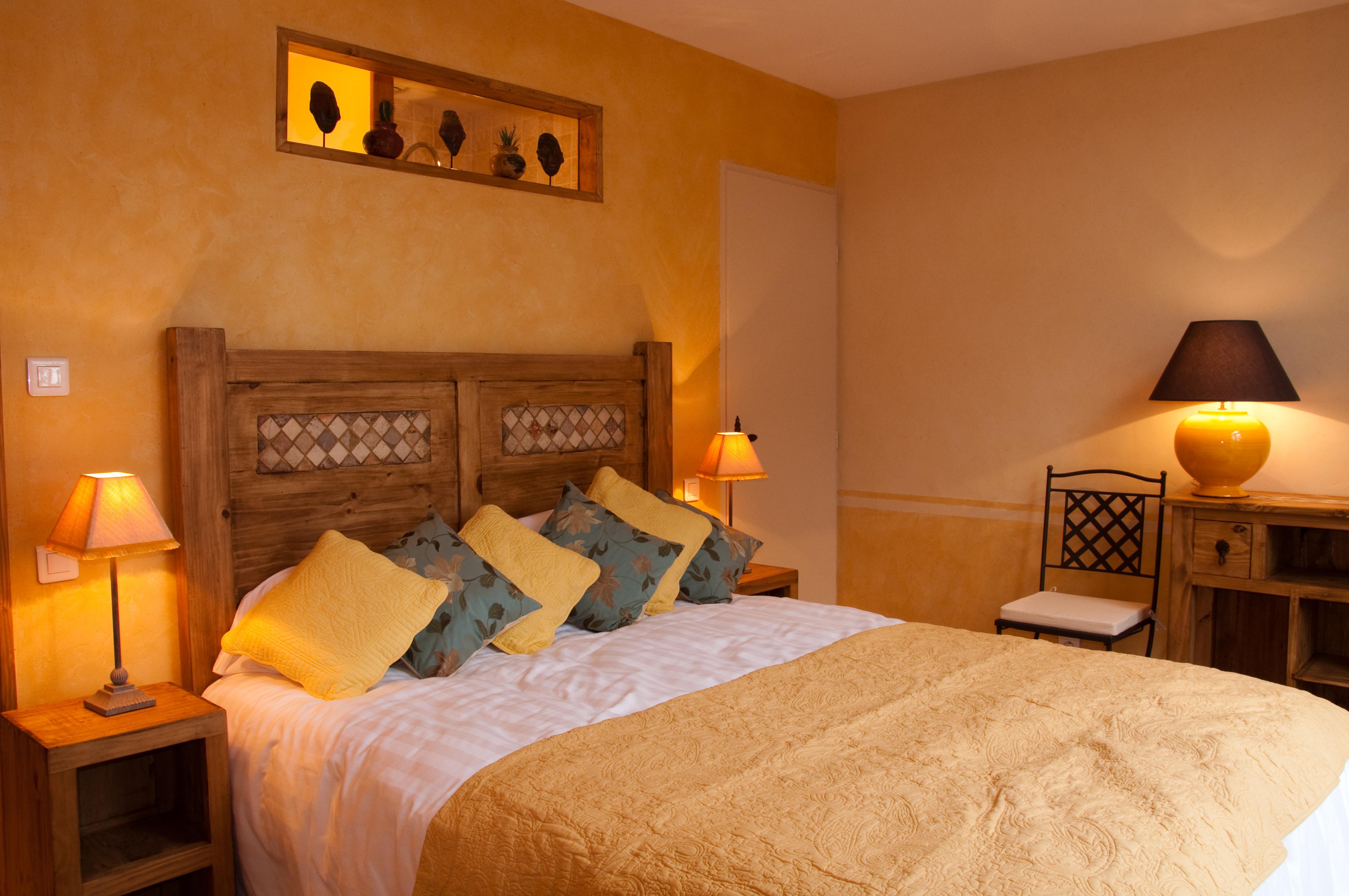 les jardins de l 39 hacienda tarare hebergement locatif lyon et dans le rhone. Black Bedroom Furniture Sets. Home Design Ideas