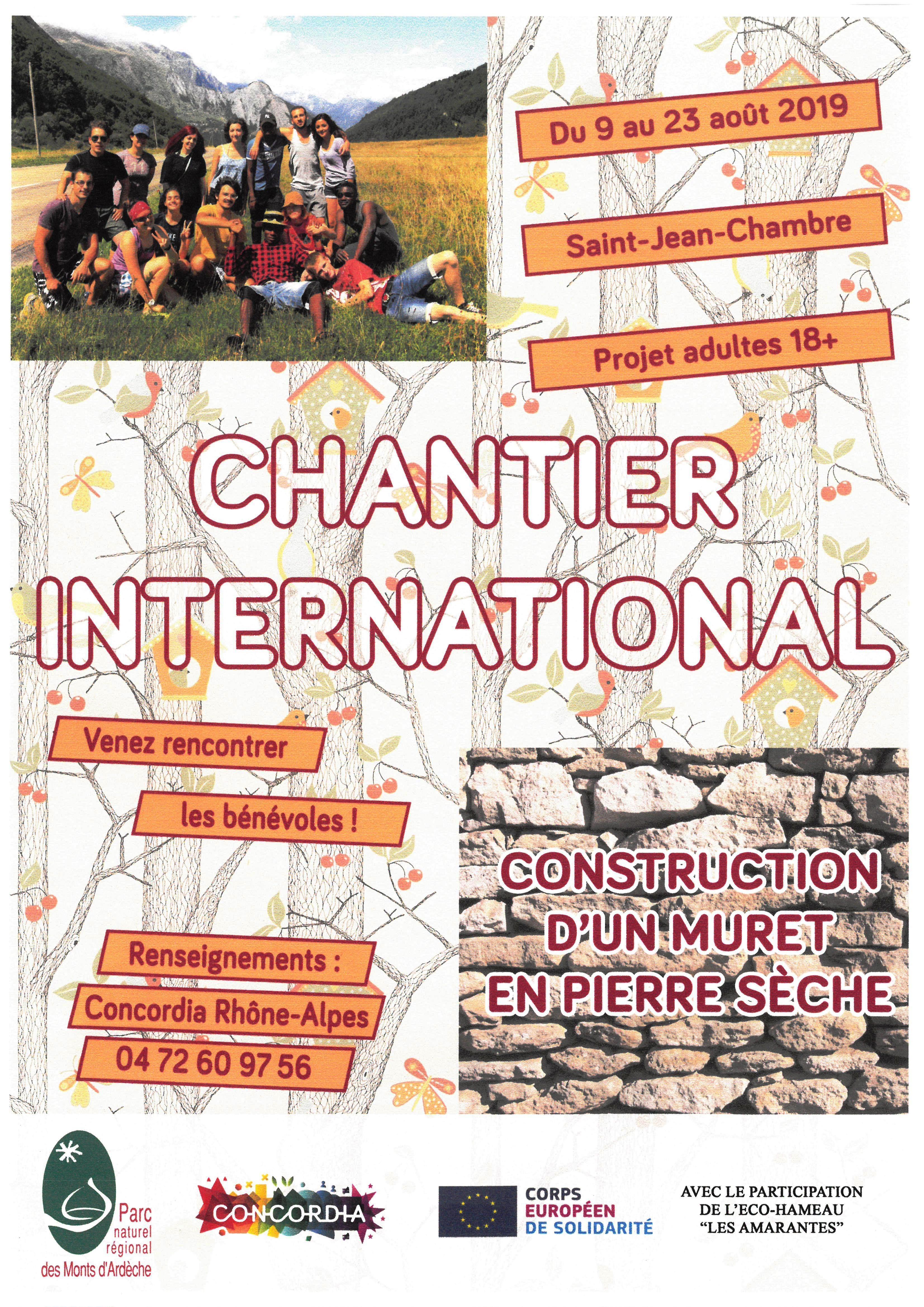 Rencontre avec les bénévoles d'un chantier de construction de murets en pierre sèche