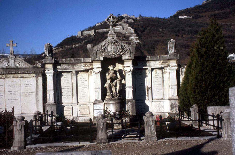 Tombe au Cimetière Saint-Roch