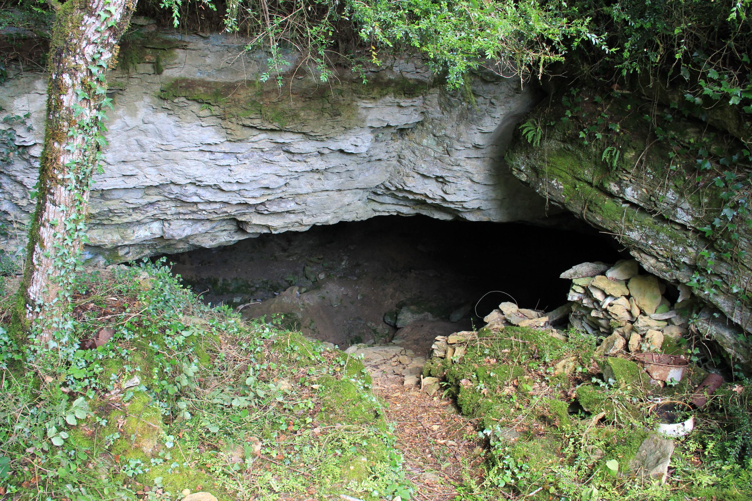 Grotte de Baracan - Plateau des Trénoz
