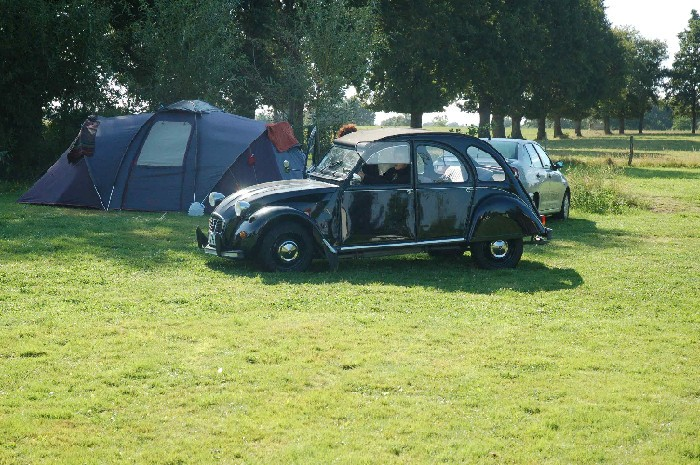 Camping Le Tournesol Emplacements tentes Ⓒ Camping le tournesol