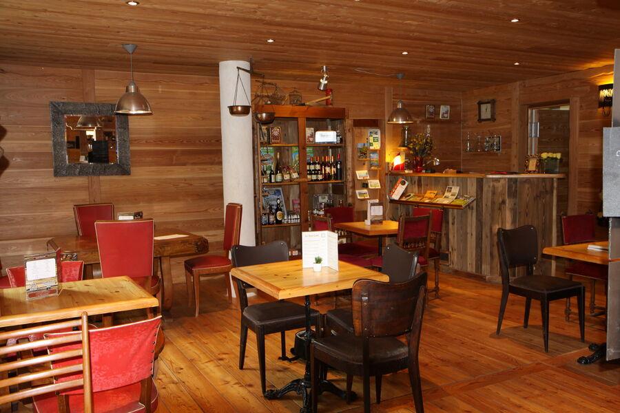 Au Bon Coin névache Restaurant - © Au Bon Coin