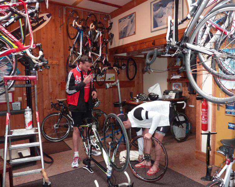 Le local de réparation vélos - © ©EdelweissAuberge