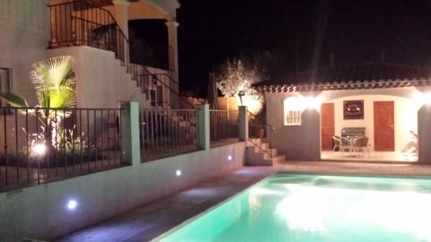 Villa Azur - Pratt Debra