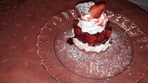 Dessert aux fraises Ⓒ Auberge bourbonnaise