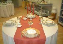 Musée de la Porcelaine Présentation table Ⓒ Mairie de Couleuvre