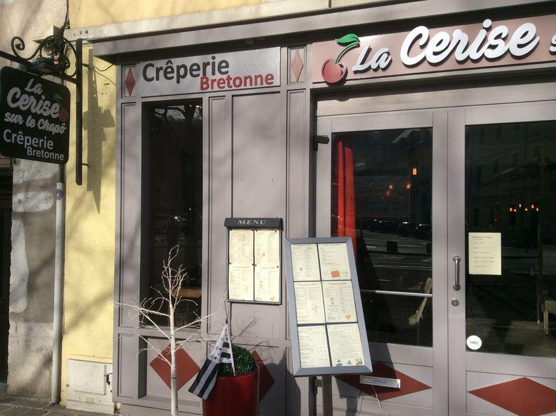 Crêperie La Cerise sur le chapô à Chambéry