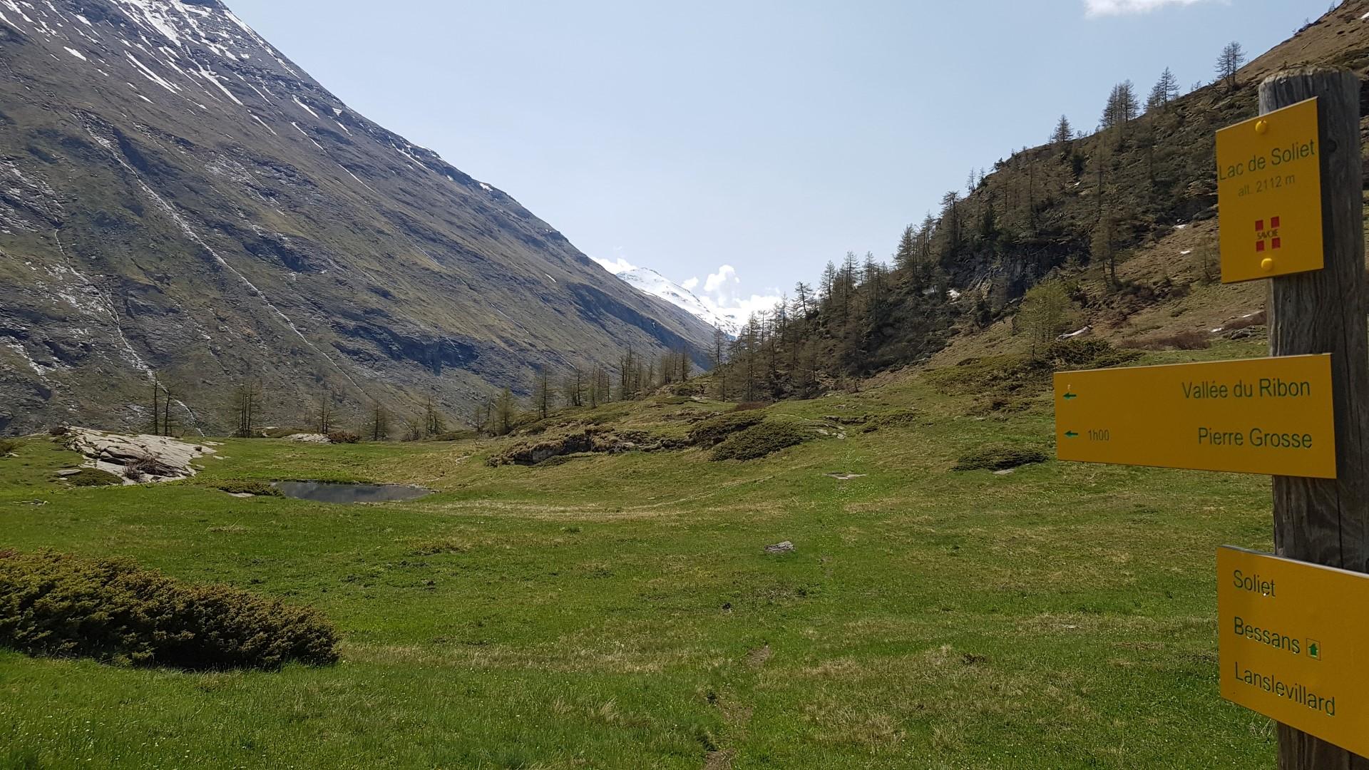 Itinéraire de randonnée pédestre : le Lac de Soliet et vallée du Ribon
