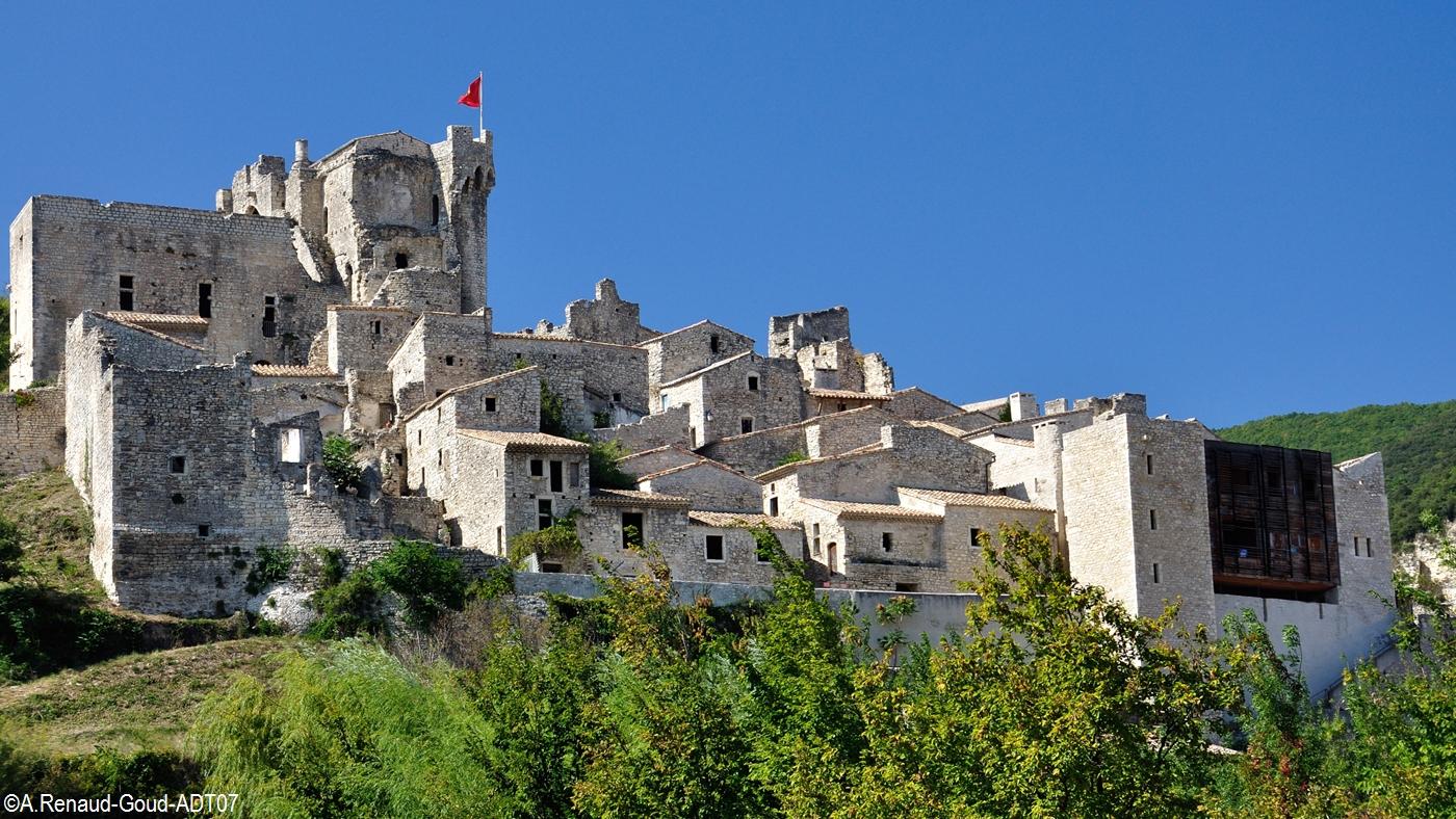 http://static.apidae-tourisme.com/filestore/objets-touristiques/images/86/128/6062166.jpg