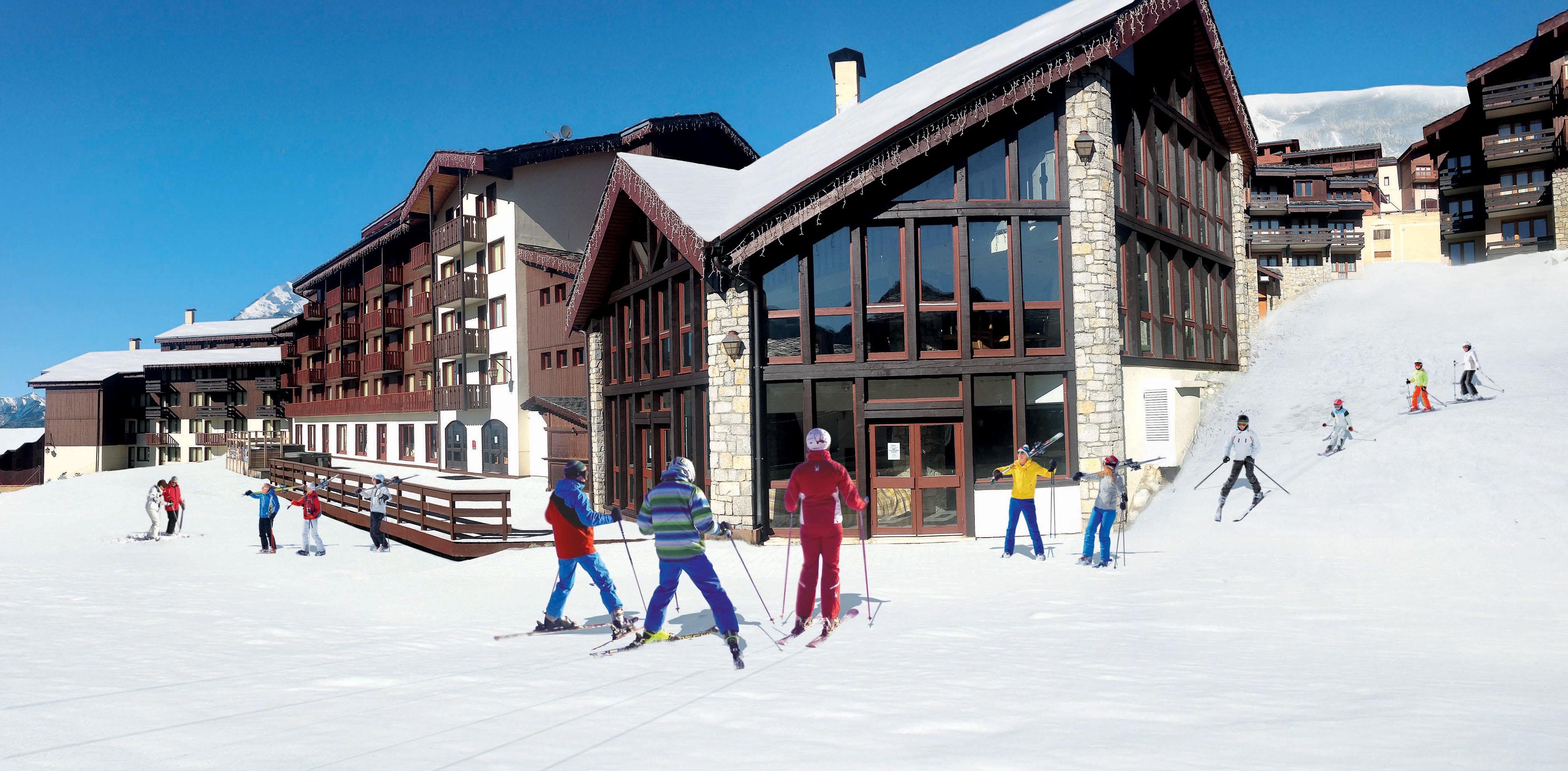 Hotel belle plagne 2100 vacances bleues la plagne for Vacances bleues erdeven