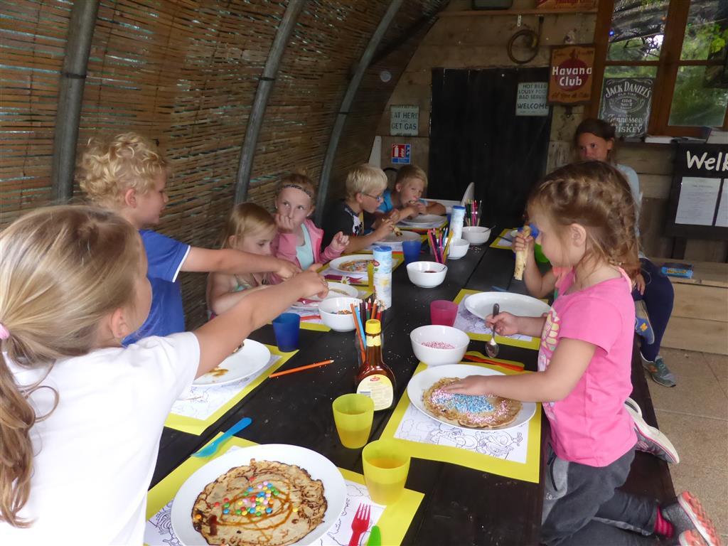 Camping Mathonière Groupe enfants Ⓒ Camping Mathonière