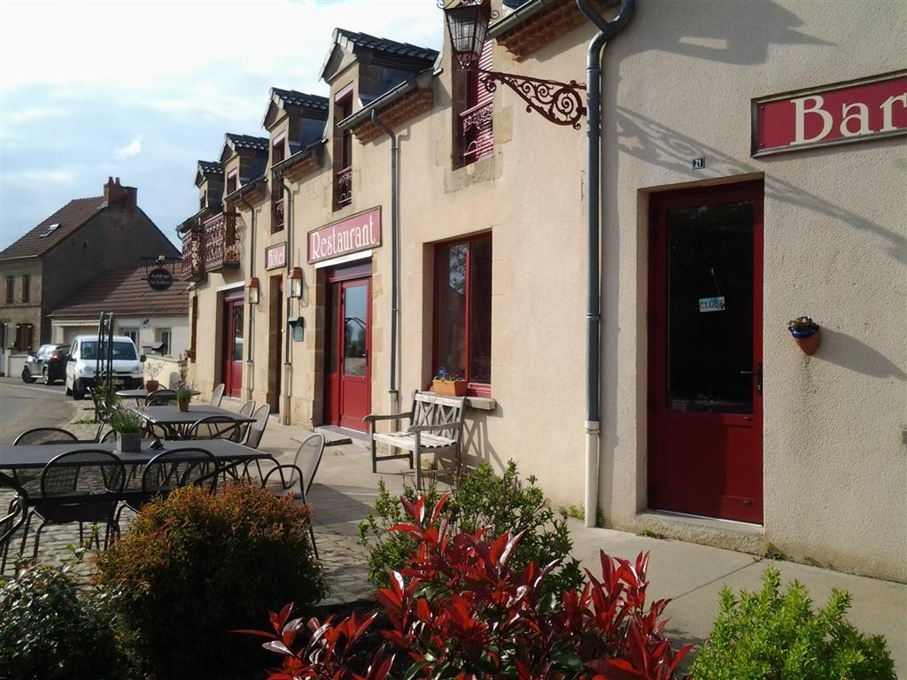 Auberge de Saint Aubin Façade Ⓒ Auberge de Saint Aubin