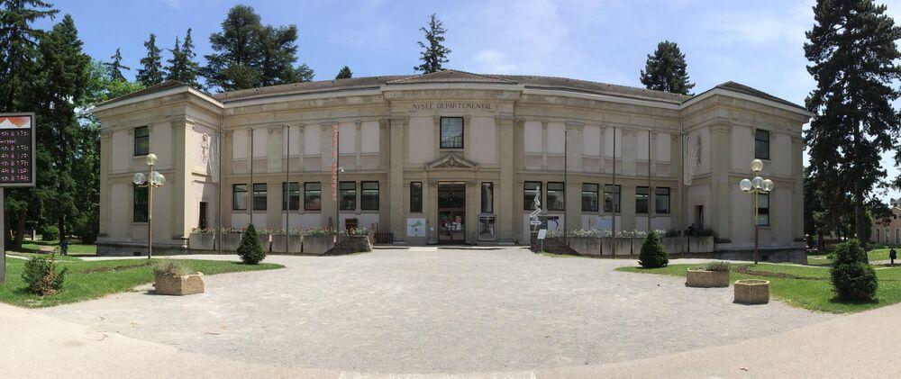 Musée Muséum départemental extérieur 1 - © MMd05