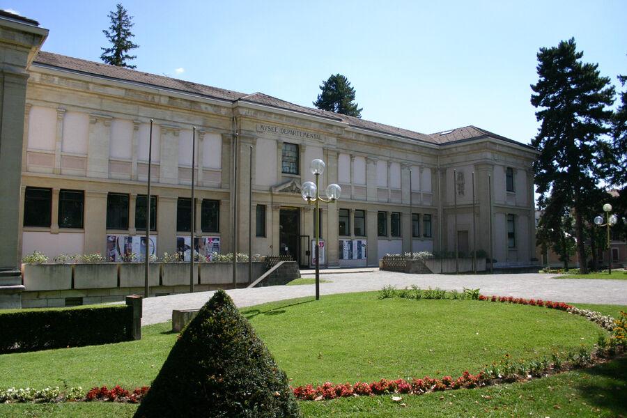 Musée Muséum départemental extérieur 2 - © MMd05