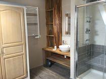 Gîte le Silence de la Rivière Coin douche et lavabo Ⓒ Joël Houet