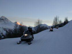 Découverte de grands espaces en moto neige