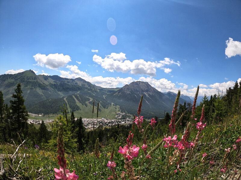 Randonnée - Le Rocher Diseur - Vue panoramique - Office de Tourisme de Montgenèvre