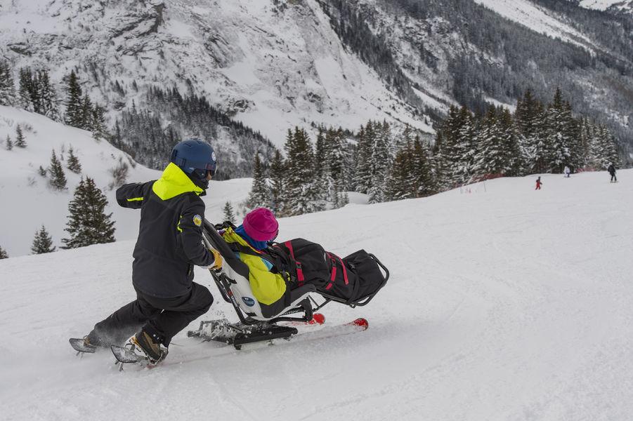 Ski assis avec l\'AOT Pralognan-la-Vanoisenaé