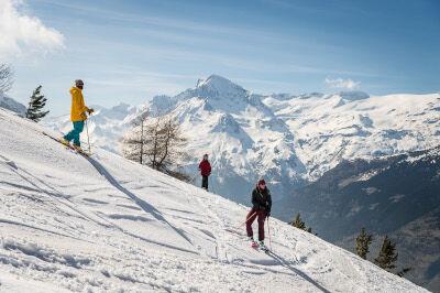 Ski avec le centre de vacances Anjou Vanoise à Val Cenis-Sollières