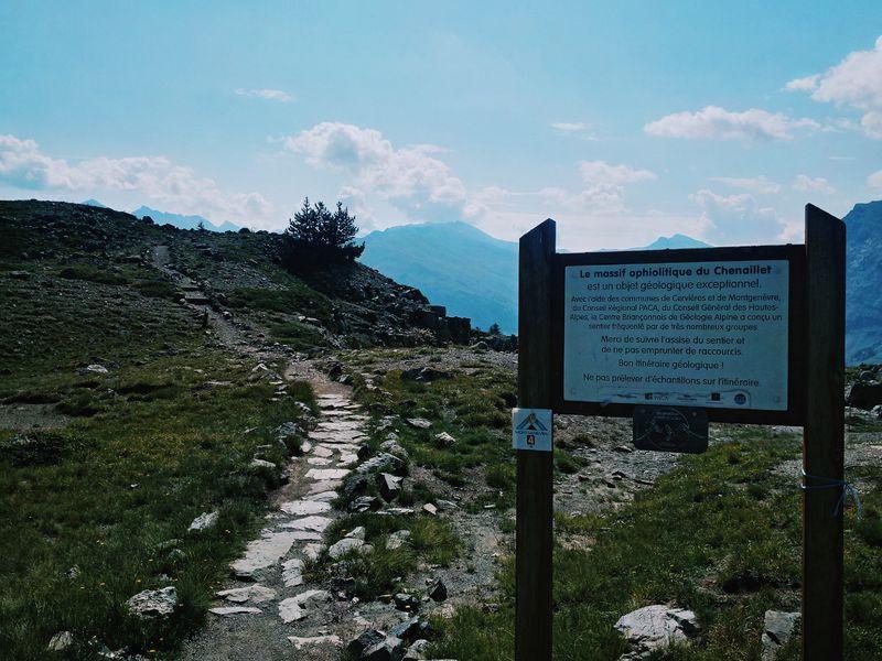 sentier géologique du chenaillet - office de tourisme de montgenevre