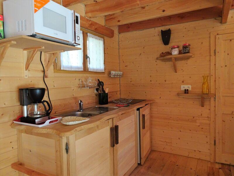 Cabane dans les arbres - Cuisine - Office de Tourisme de Montgenèvre