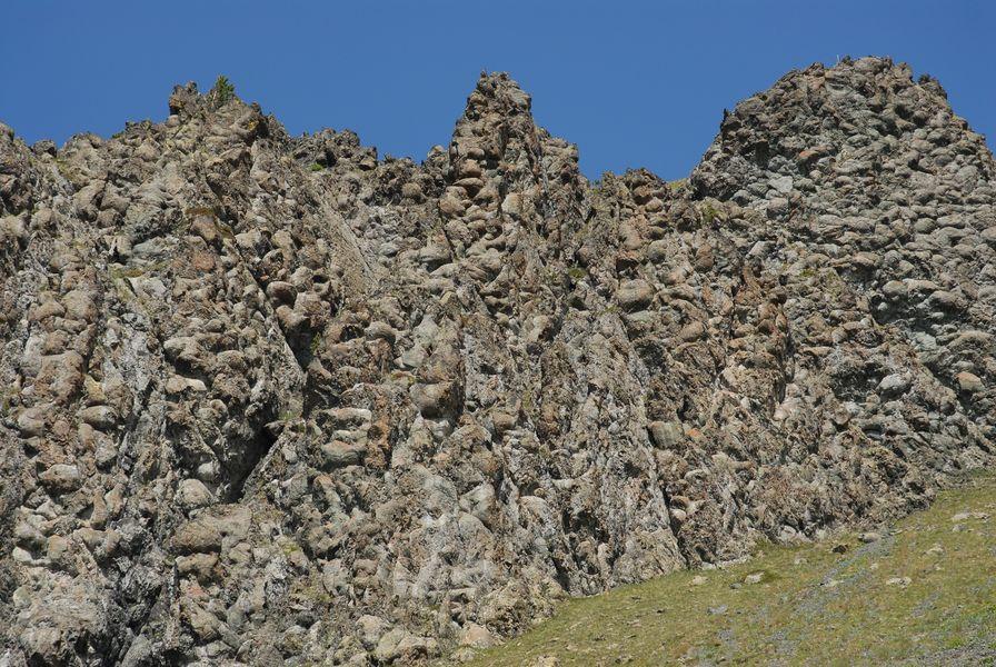 lava pillows au collet vert - office de tourisme de montgenevre