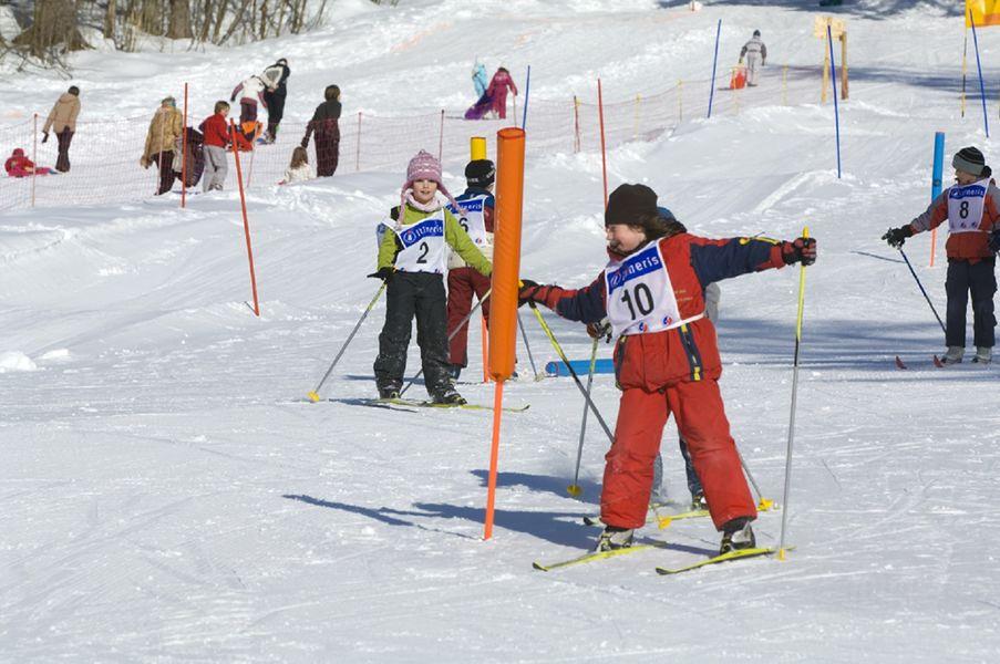 Colonies, groupes scolaires, classes de découverte et classes de neige Le Salvagny SIxt-Fer-à-Cheval