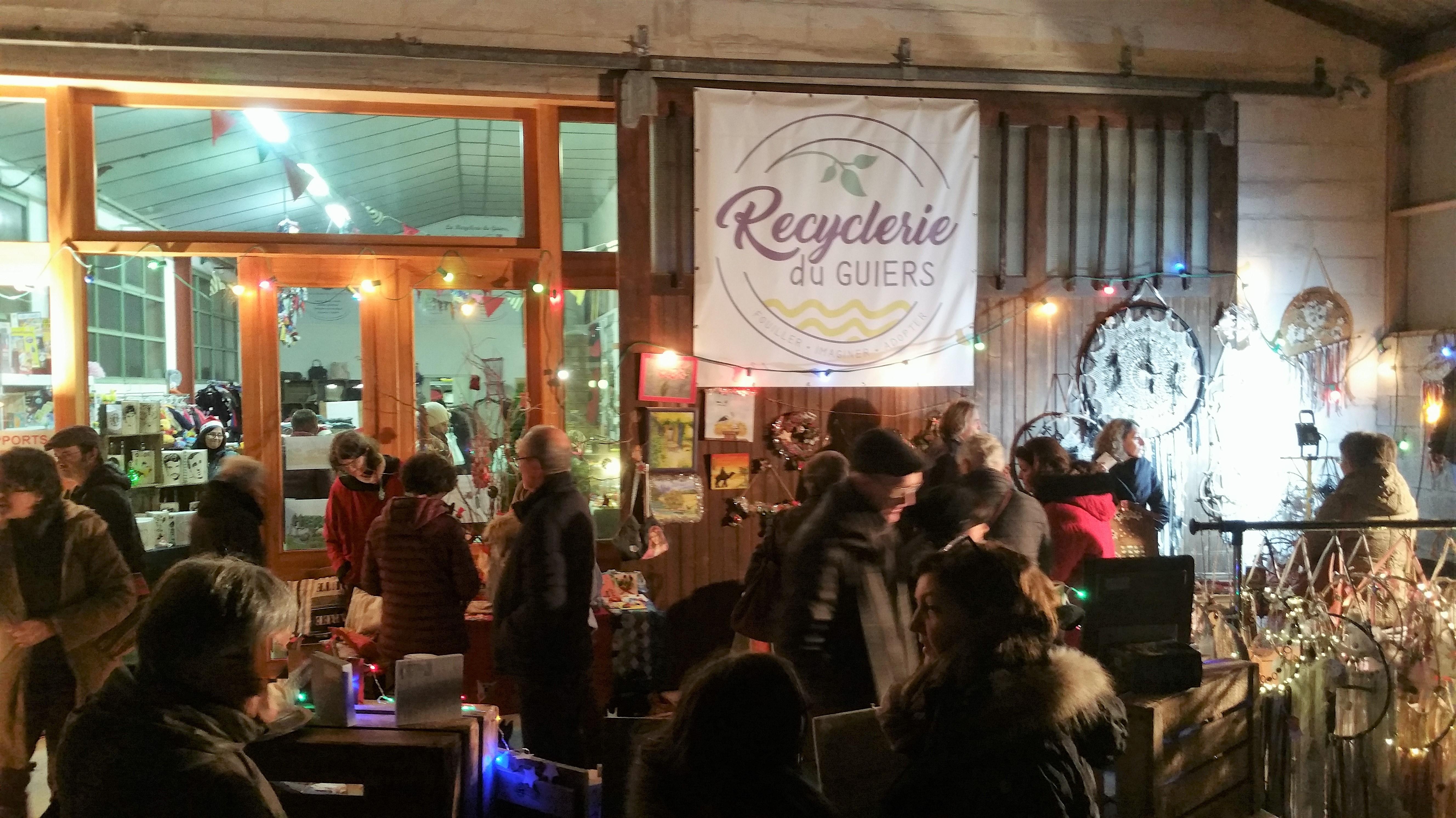Marché de Noël de la Recyclerie du Guiers