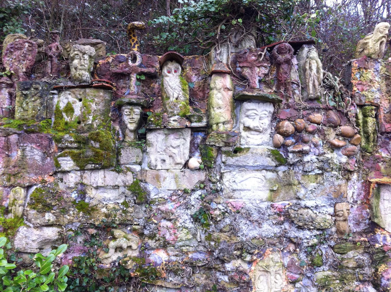 Pelouses Sèches mur d'art brute