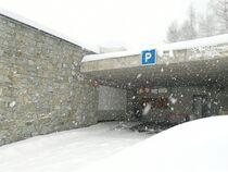 Entrée parking couvert