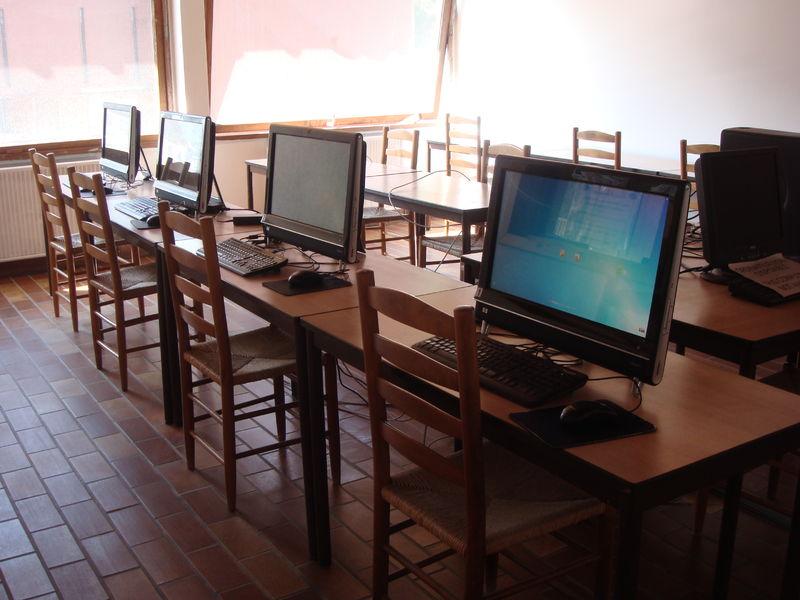 salle multimédia rénovée
