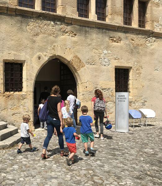 """Visites en famille """"S'aMusée"""" au château (à partir de 6 ans)"""