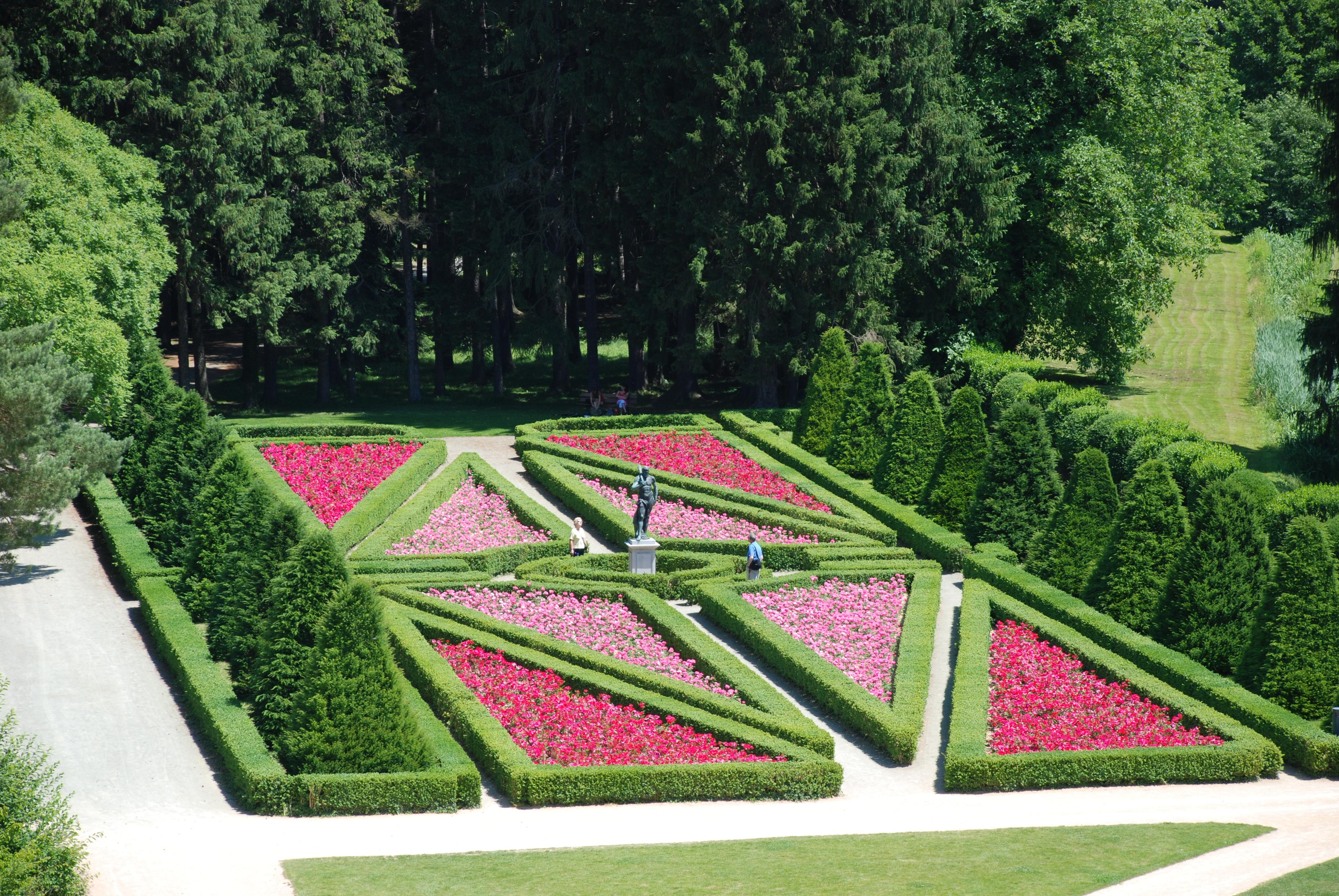 Parc du Domaine_Roseraie
