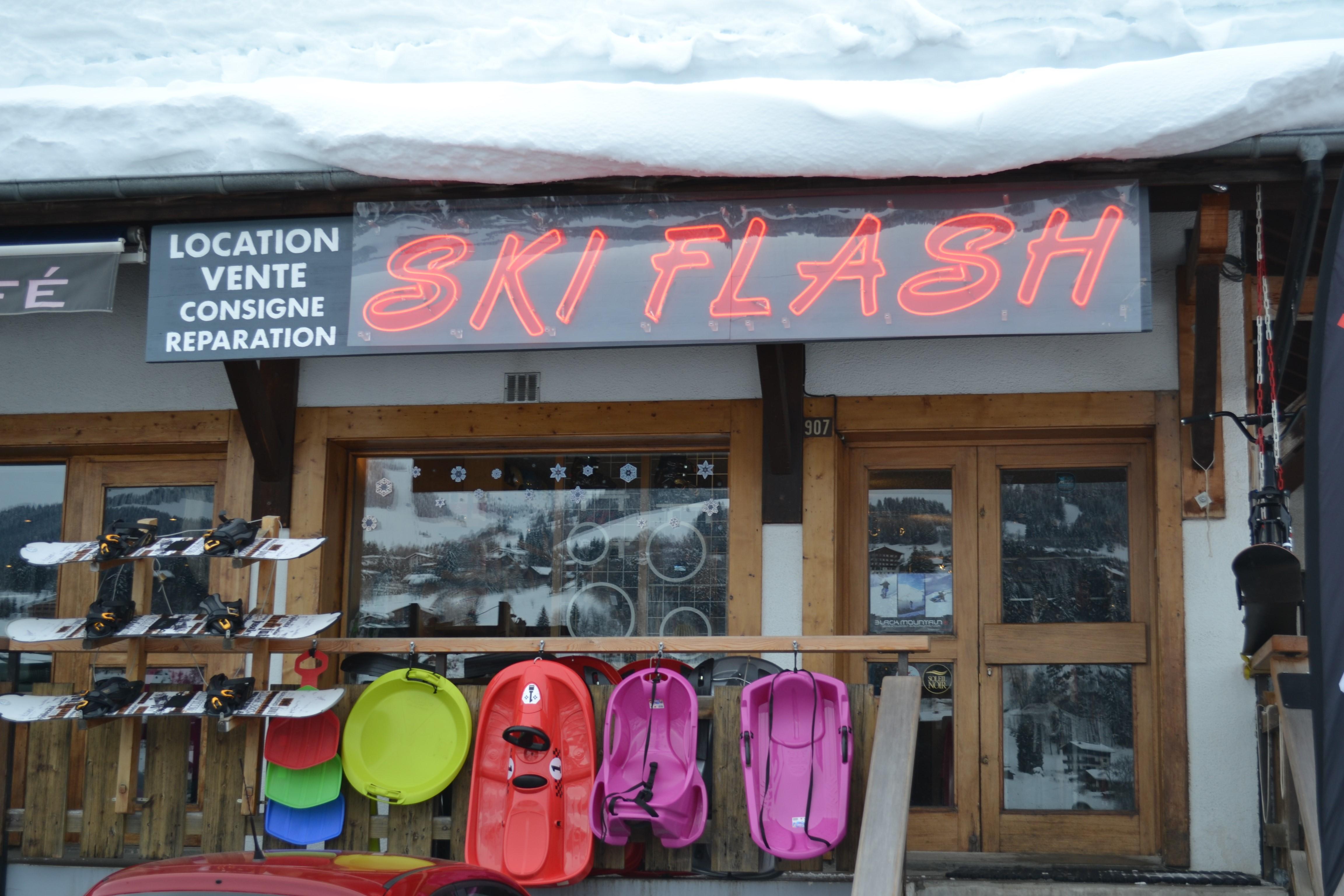 Ski Flash