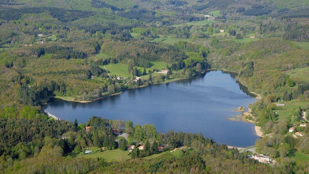 Aire de pique-nique lac des Montagnès