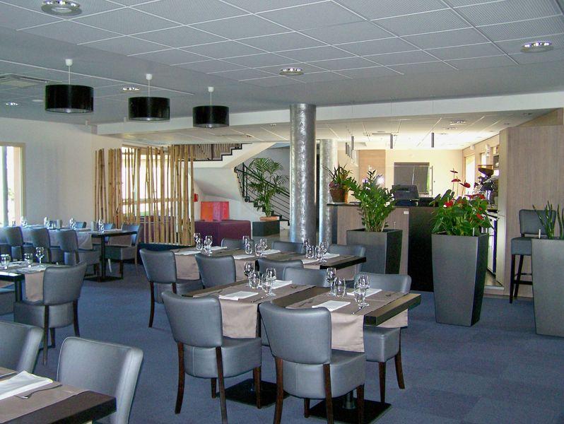 Hôtel Restaurant Le Causséa <i class=