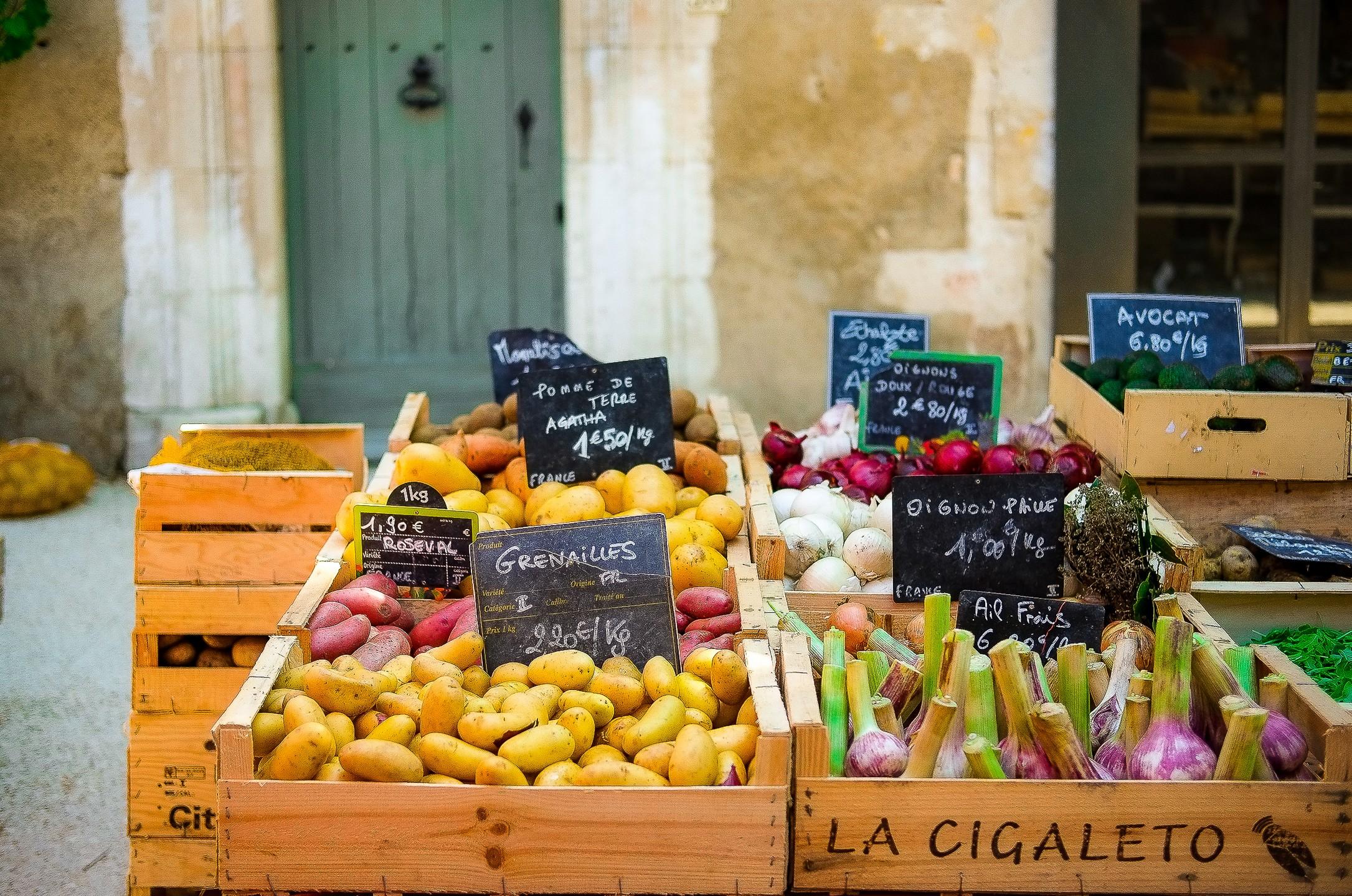 marche-provencal-d-eygalieres