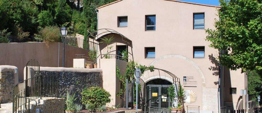 Maison du Terroir et du Patrimoine - Extérieur - Agglomération Sud Ste Baume