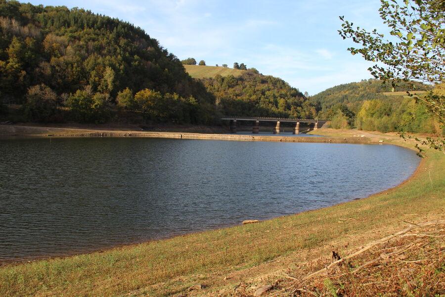 AUTORISÉ Pêcher au lac de Razisse