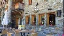 Yeti Boots Café