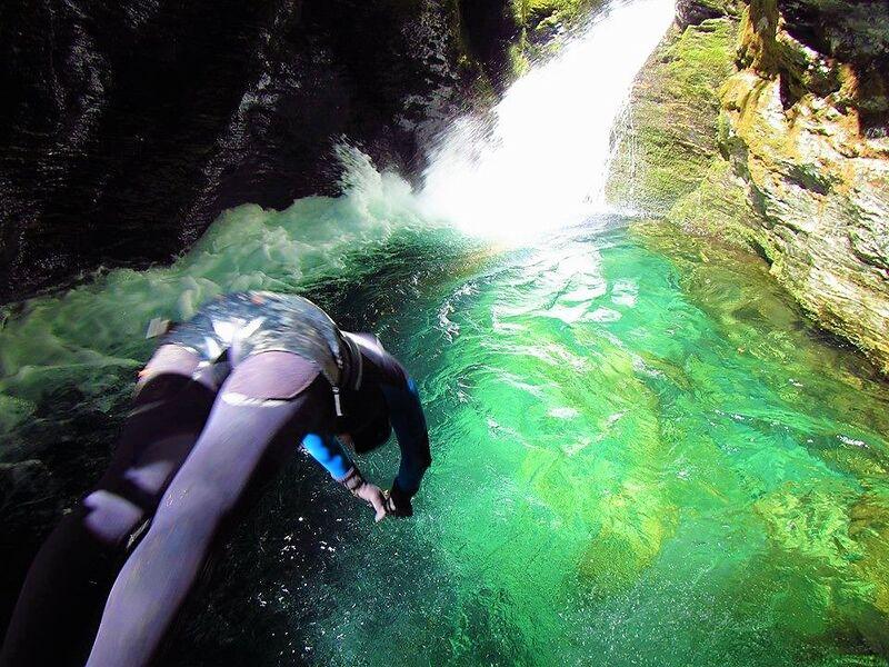 Verticaleo - canyoning