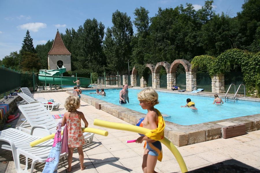Moulin de Julien piscine et enfants