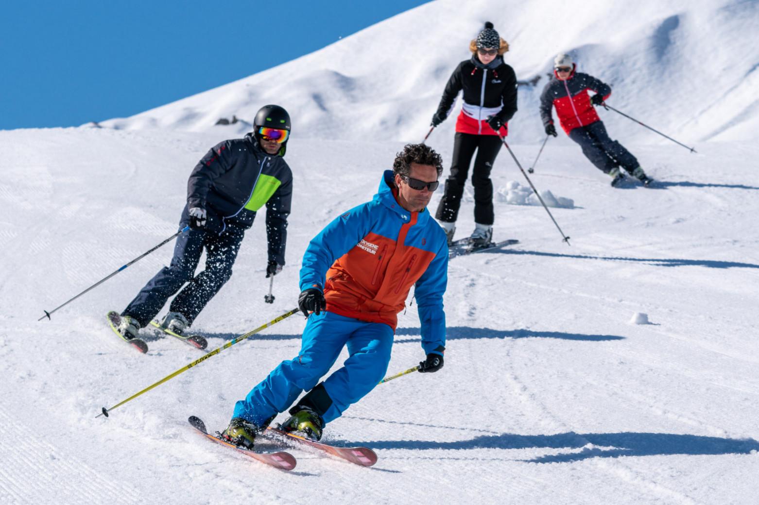 Ski session with friends in Megève