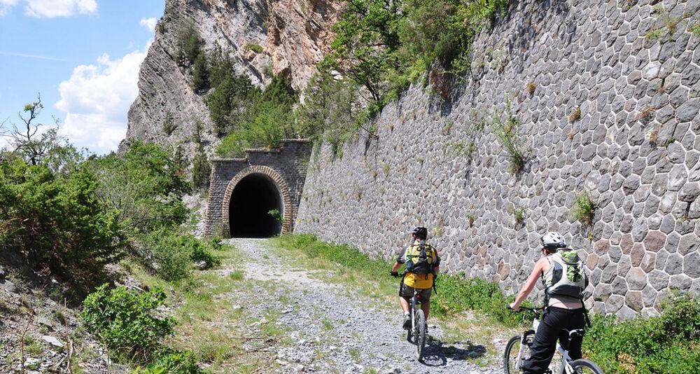 Aventure VTT en Famille sur l'Alpes-Provence