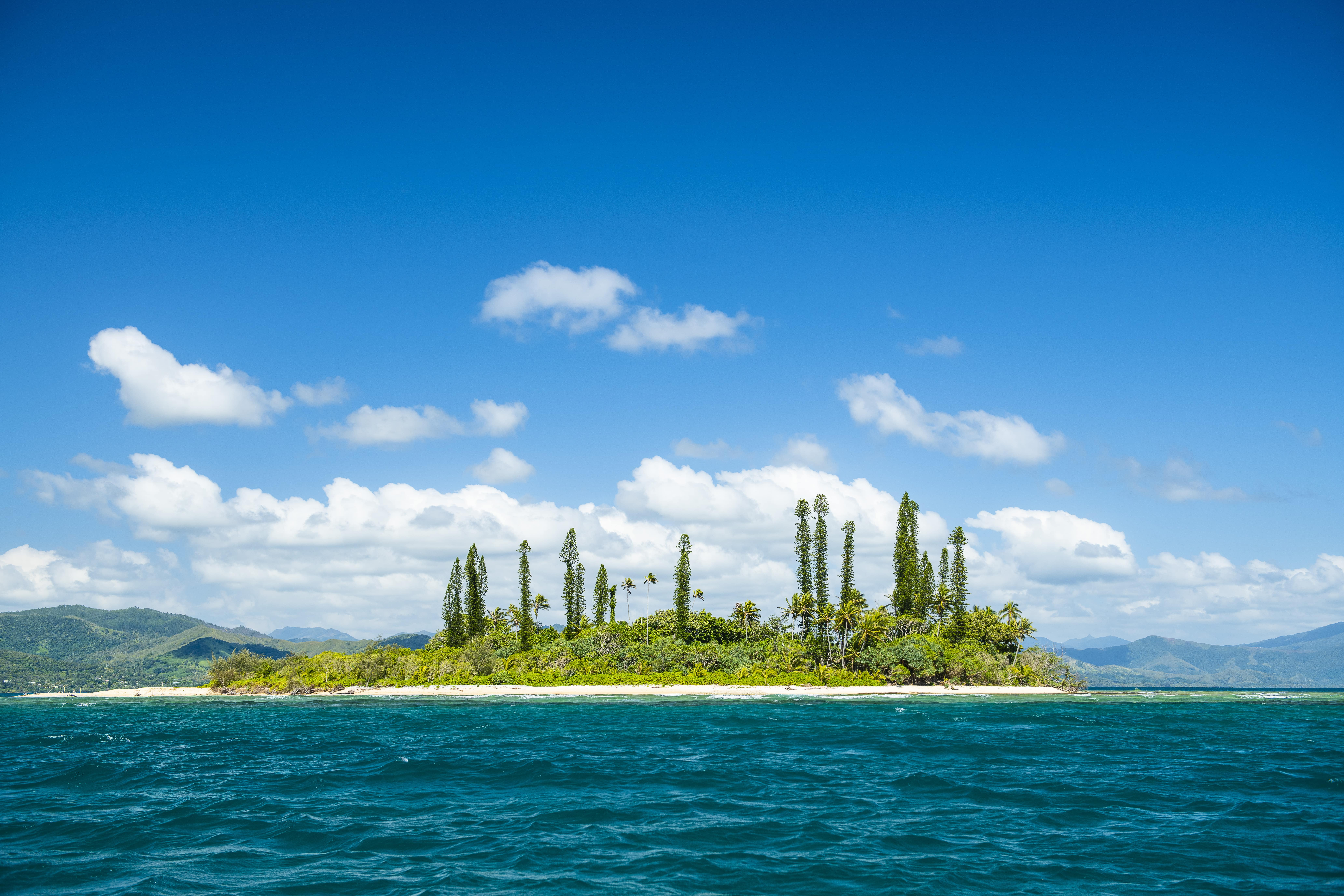 Taxi boat sur l'îlot Tibarama