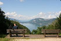 Touristes admirant la vue