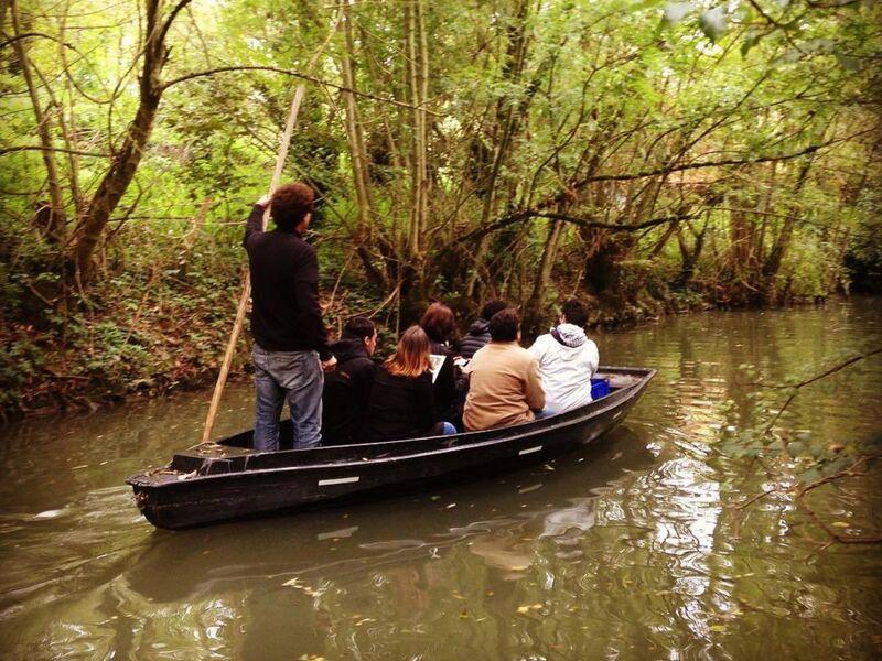 Balade en barque avec un guide