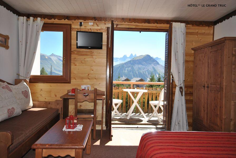 """Hotel """"Le Grand Truc"""""""