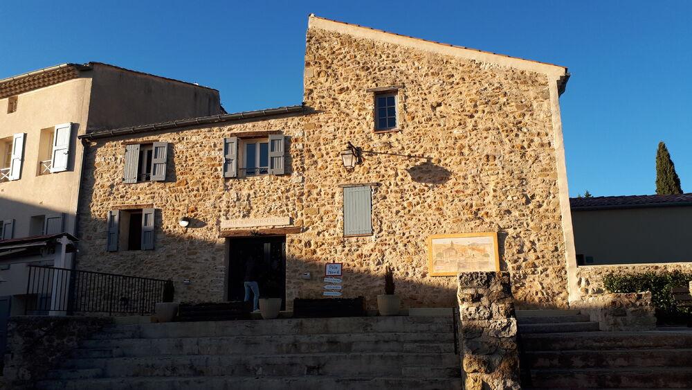 Village de Cruis