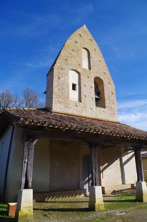 Porche église Notre Dame du Moutet